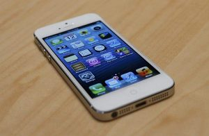 Samsung files lawsuit against Apple for iPhone 5