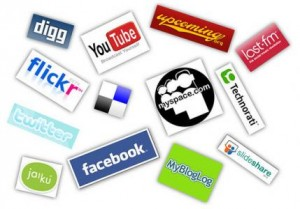 Using Social Media Aggregators to Make Social Networking More Efficient