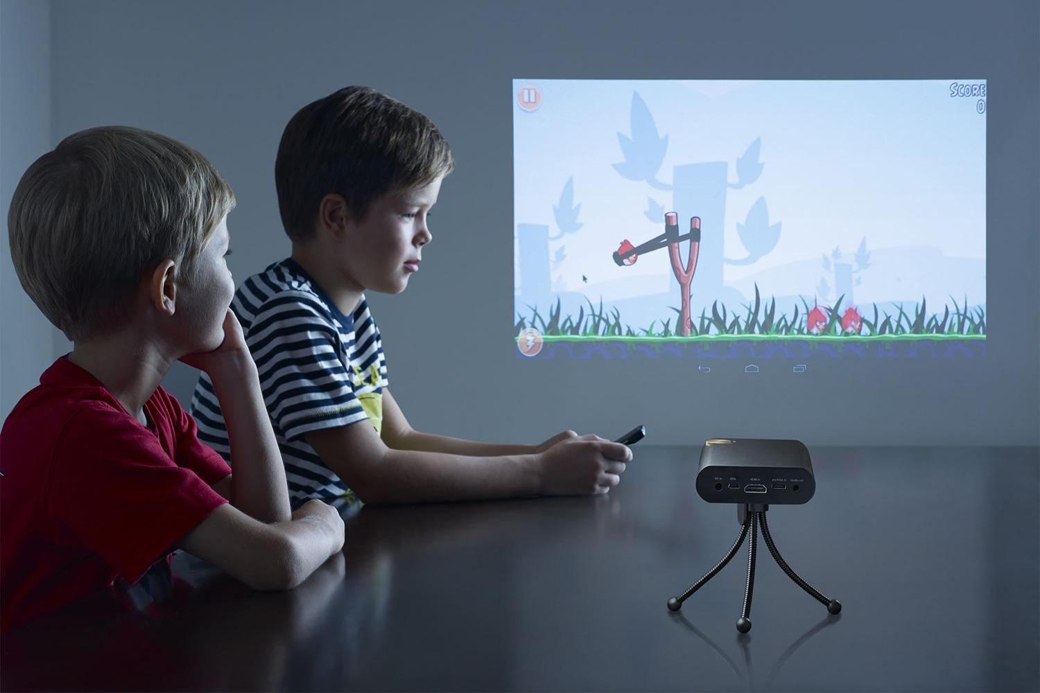 New Pocket Projector Lets You Turn Any Wall Into 80 Foot Android Touchscreen